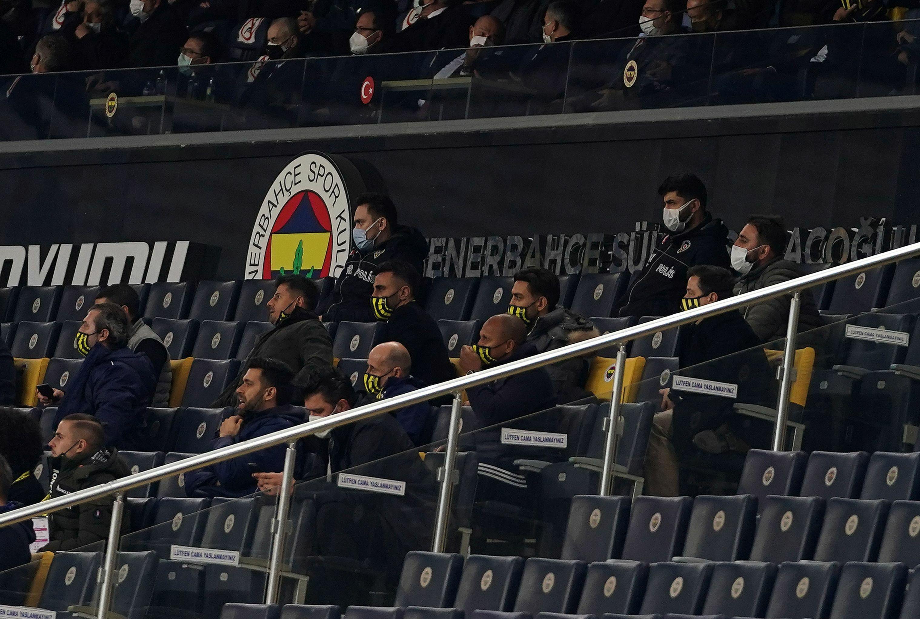 Fenerbahçe tribünü, Fenerbahçe-Galatasaray derbisi