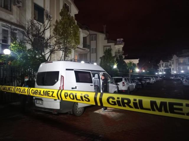 Antalya'da lüks bir villada 4 kişinin cansız bedeni bulundu