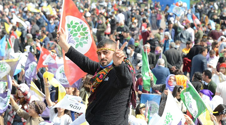 Bölge halkı HDP'ye açılan kapatılma davasına tepkili