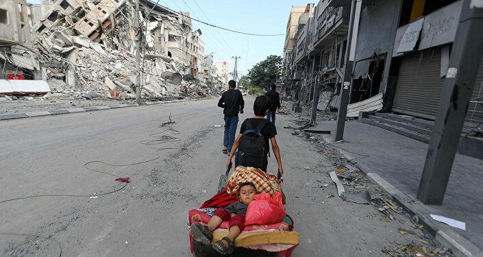 BM: Gazze'ye saldırılarda 10 bine yakın Filistinlinin evlerini terk etmek zorunda kaldığı tahmin ediliyor