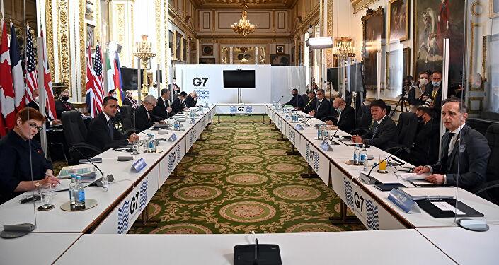 Londra'da bir araya gelen G7 dışişleri bakanları