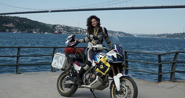 Motosikletiyle Afrika'ya gidecek Asil Özbay