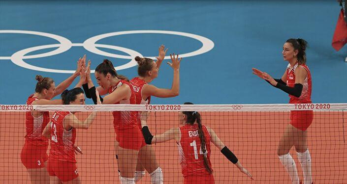 A Milli Kadın Voleybol Takımı, Güney Kore'ye 3-2 yenilerek çeyrek finalde olimpiyatlara veda etti